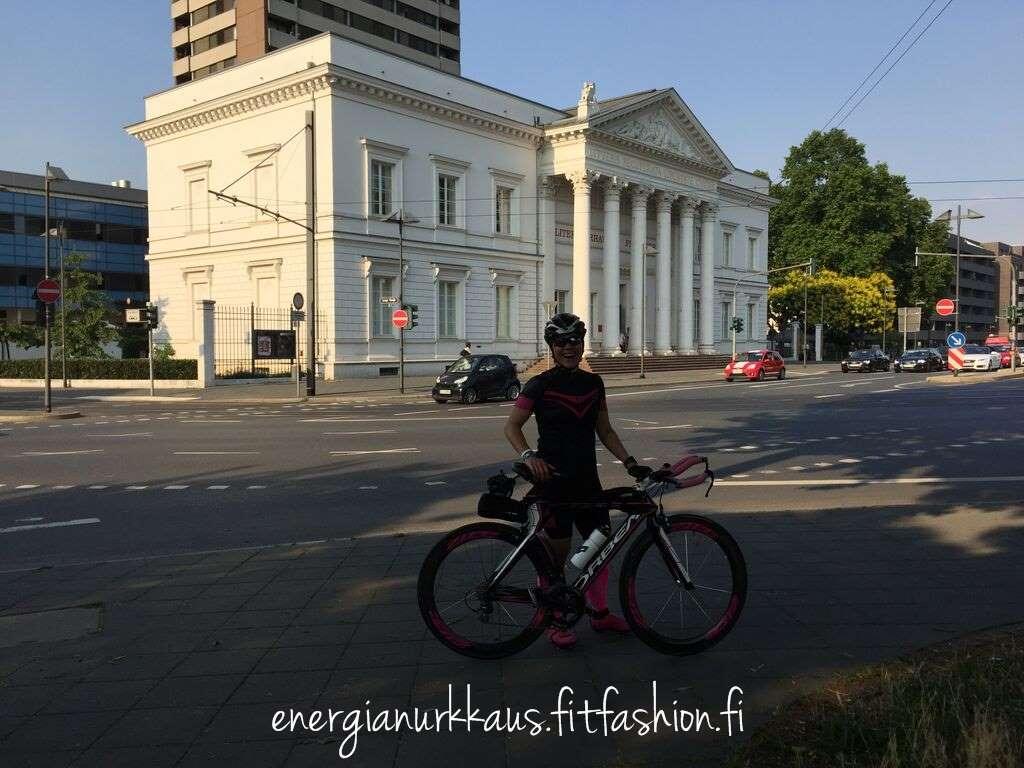 Pyörän testausta
