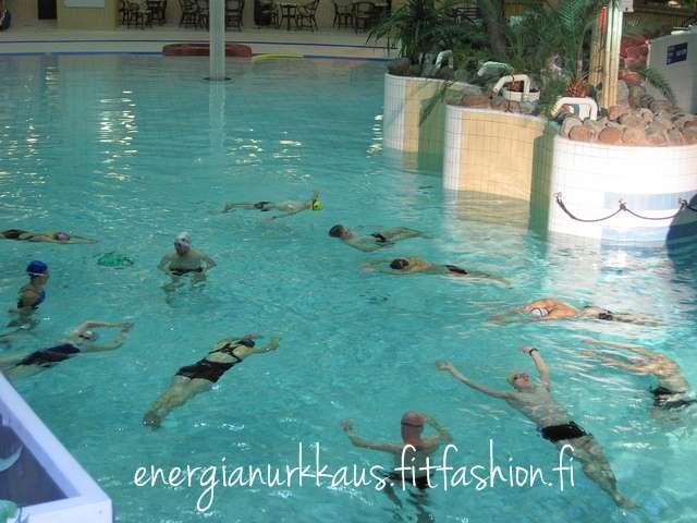 Trikoulun treeneistä 10/2011.
